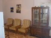 Paradieso 3 Zimmer und 2 Zimmer Wohnung in dritte Stock in Sack Strasse in Dokki nur 8 gehminuten zum U/Bahn Station und Buesse Bahnhof ,