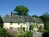 La Chevallerie, zwei Ferienhäuser unter einem Dach in restauriertem über 200 Jahre altem normannischen Landhaus.