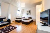 Köln-City, hochwertige 60qm Duplex mit Dachterrasse (MR3)