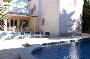 Chalet Central mit Pool