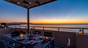 Alkionis Beach mit 2 Schlafzimmern für 7 Personen am Strand