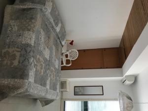 Eine Wohnung mit einem Anblick auf der Meer von Sampieri