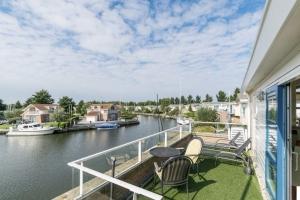 Luxus Villa Lisdodde 4 am Wasser, 130m², 6 Pers, Hunde OK,