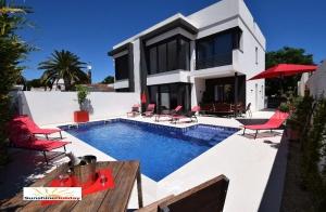 Villa Saphir (Neubau) mit Pool, Klima, Internet, 8 Pers.