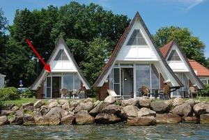 Ferienhaus Seeperle, nur 10 m zum Schweriner See + Ruderboot (11)