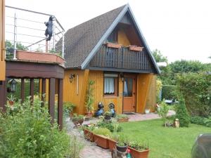 Ferienhaus mit eigenem Pool und Sauna für sechs Personen