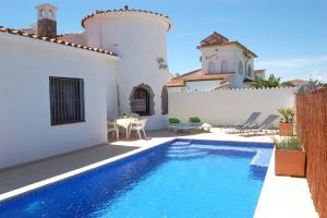 Villa Hildegard, Pool 6 Per. u. Solarpoolheizung, strandnah